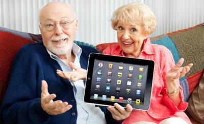 old-people-with-ipad.jpg